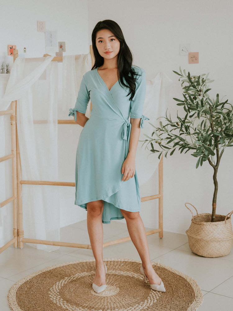 Tiffany Hi-Lo Side Tie Wrap Dress (Aqua)