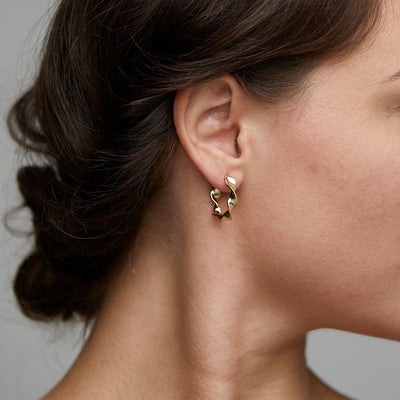 ELAINE GOLD PLATED TWIST HOOPS