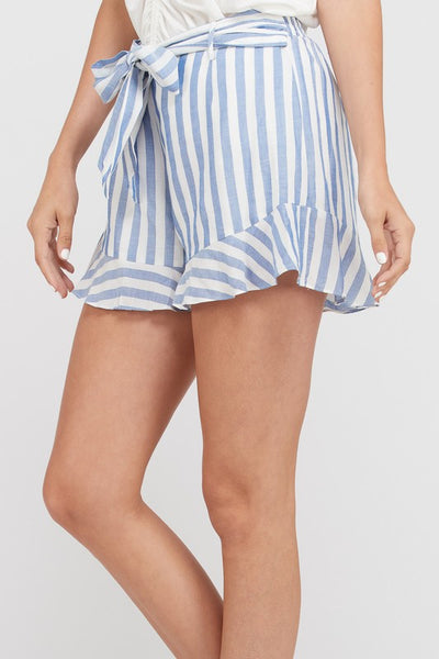 STRIPED BELTED RUFFLE HEM MINI SHORTS - BLUE