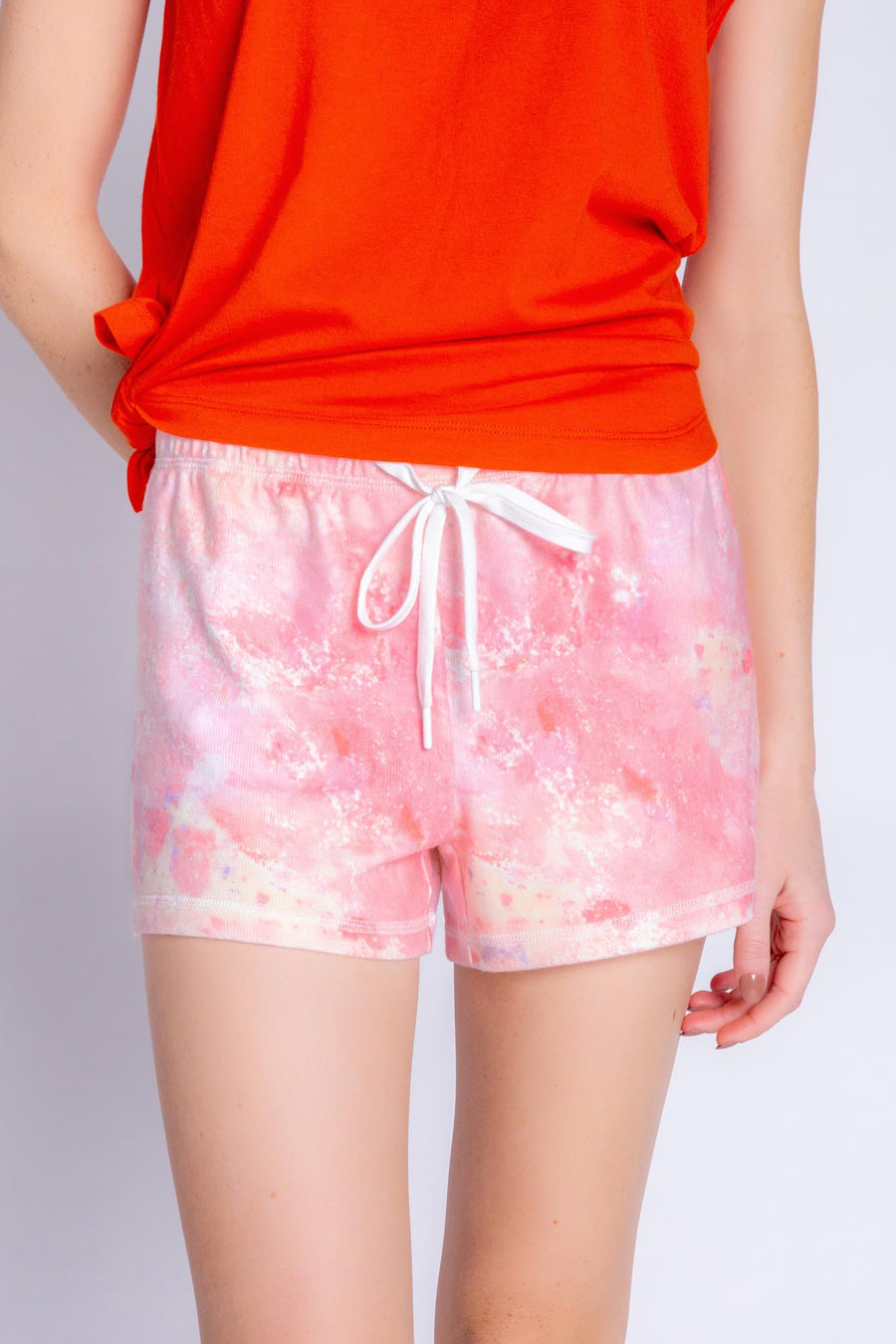MELTING CRAYONS TIE DYE SHORT - CORAL