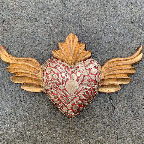 milagros heart with wings