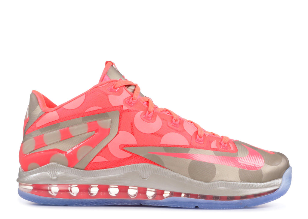 quality design e4f9d 513c6 NIKE MAX LEBRON 11 LOW COLLECTION