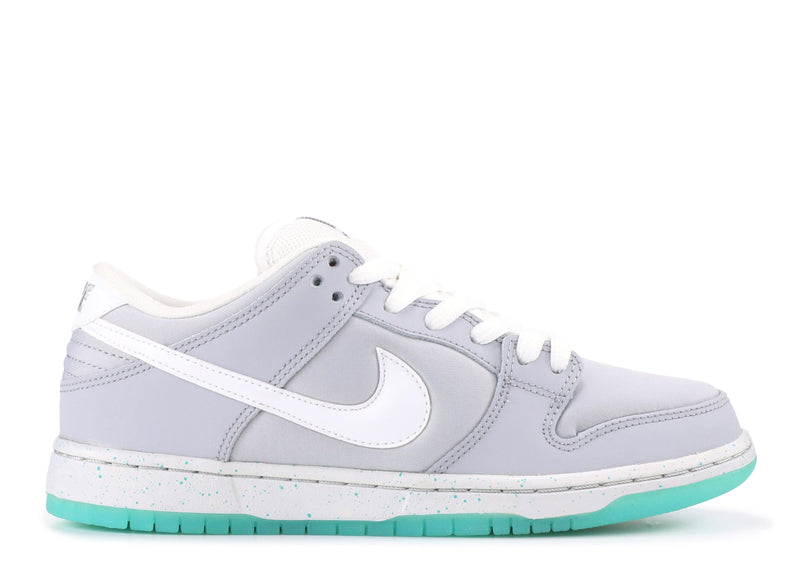 "Nike Dunk Low SB  ""Marty Mcfly"""