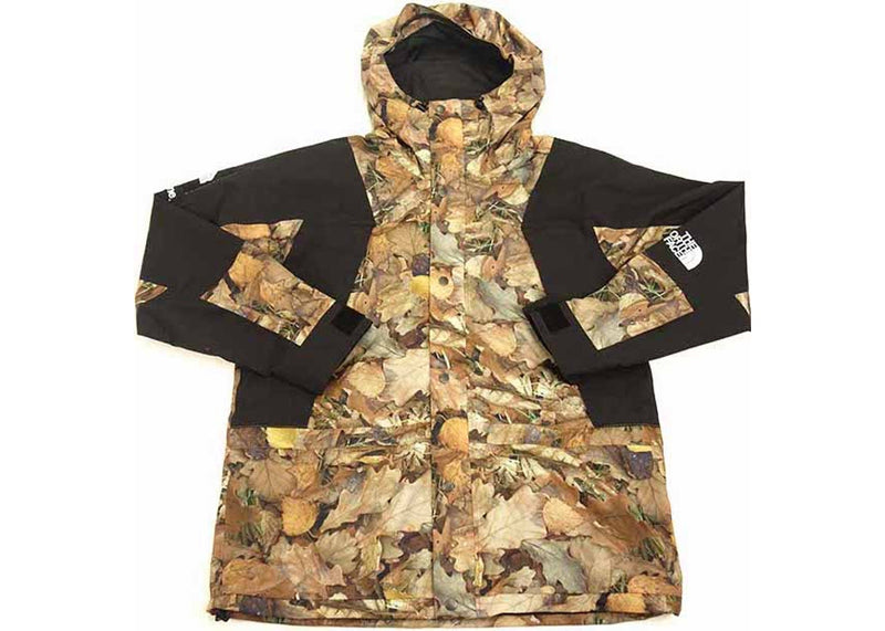 "Supreme x TNF Jacket ""Leaves"""