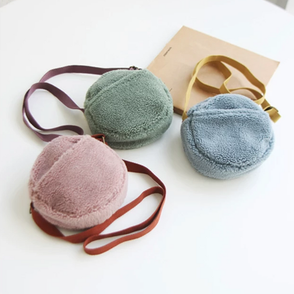 Round Rena Bag (Sky left)
