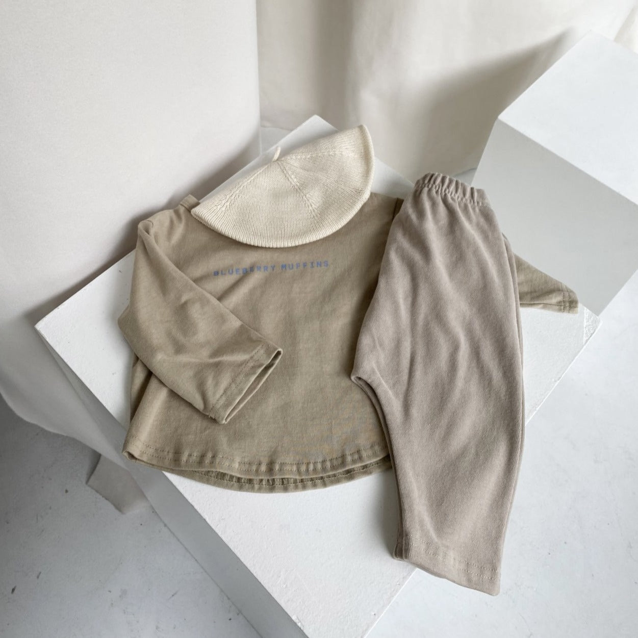 Three Breads Top, Olive Beige