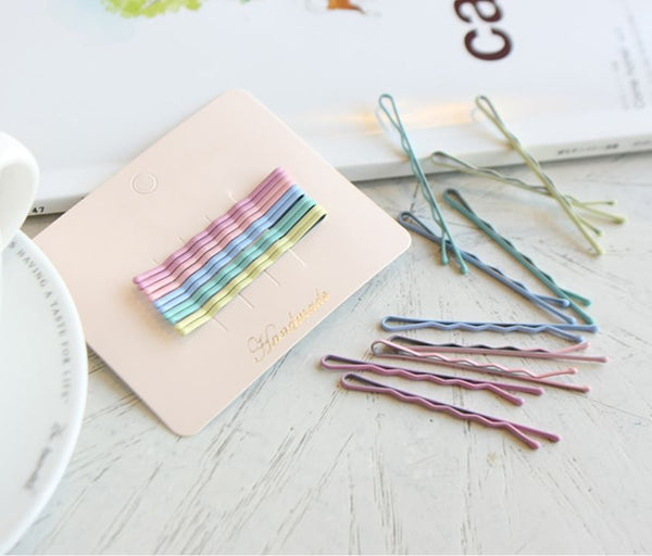 Matte Coloured Bobby Pins (Set of 10)