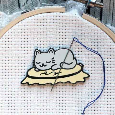 Sleepy Kitty On Embroidery Hoop Magnetic Enamel Needle Minder