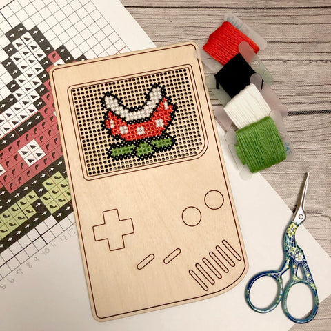 Stitchable Wooden Retro Video Game Handheld Console