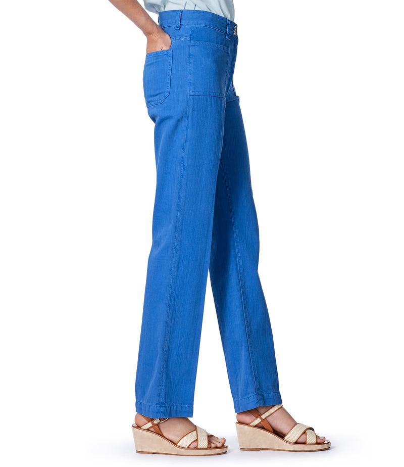 This is the Davi pants product item. Style IAA-4 is shown.
