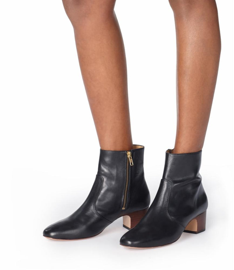 This is the Joey ankle boots product item. Style LZZ-4 is shown.