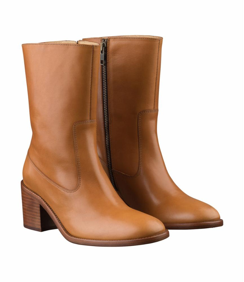 This is the Eva ankle boots product item. Style CAD-2 is shown.