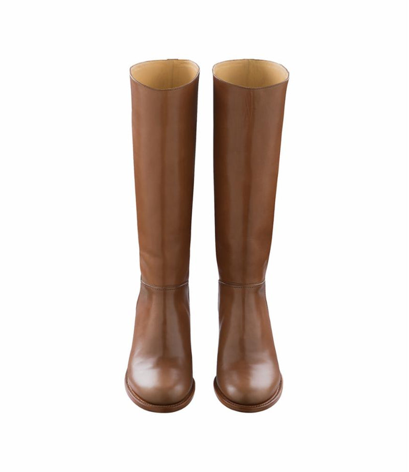 This is the Iris boots product item. Style CAE-3 is shown.