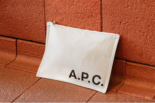 This is the Free pouch product item. Style AAD-1 is shown.