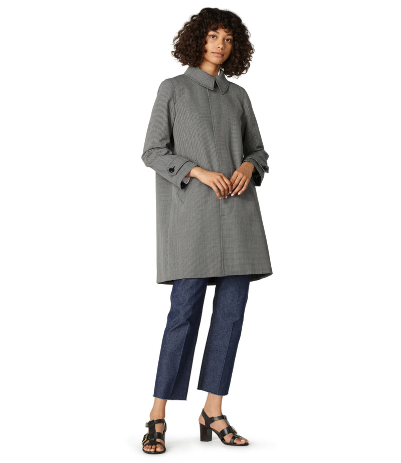 This is the Dinard raincoat product item. Style LZA-4 is shown.