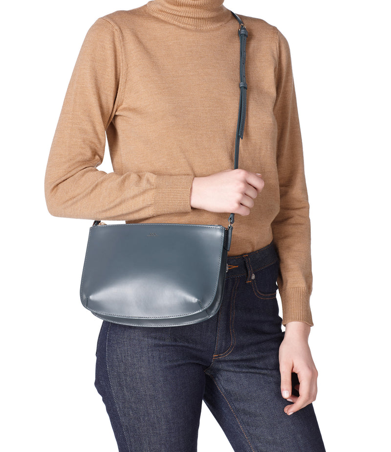 This is the Sarah bag product item. Style IAN-2 is shown.