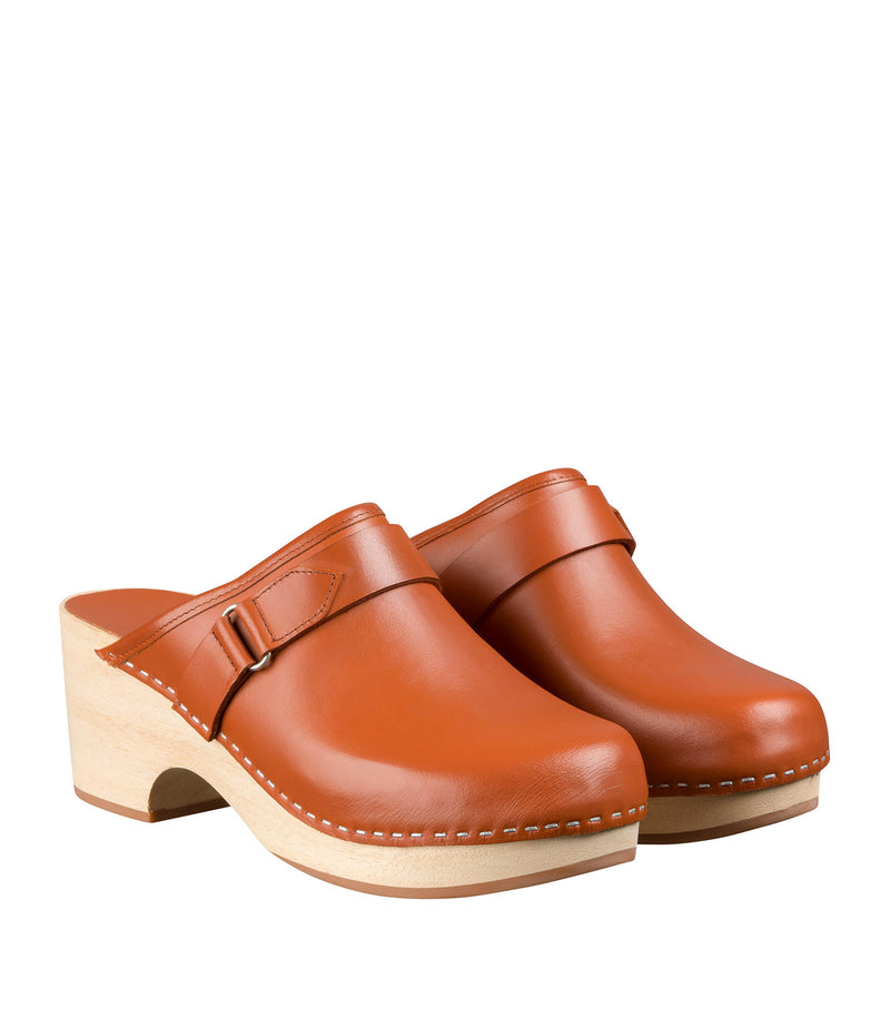 This is the Coline clogs product item. Style EAI-2 is shown.
