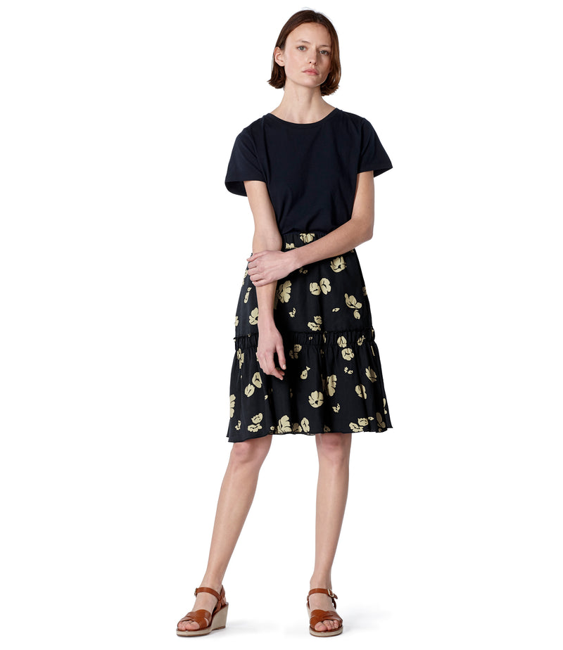 This is the Chloé skirt product item. Style LZZ-2 is shown.