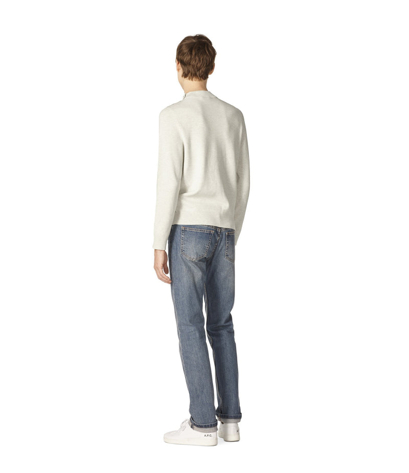 This is the Léonard sweater product item. Style PAA-3 is shown.