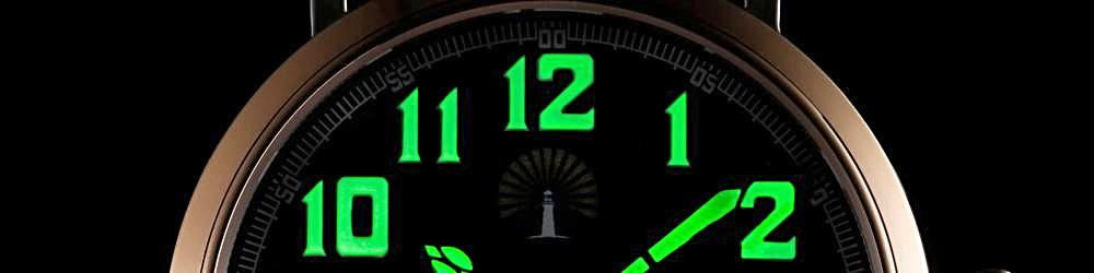 Beacon_Watches_Pathfinder_Glow_In_The_Dark
