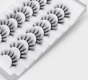 The RAVEN Lashes | 8 pairs