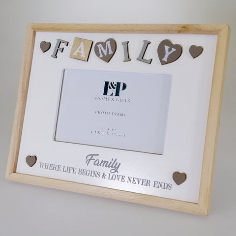 "Sentiment ""Family"" Picture Frame - 15cm x 10cm"