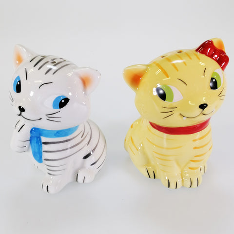 'Tabby Cats' Collectible Ceramic Salt & Pepper Set
