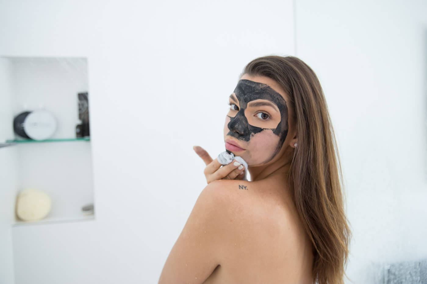 Spend your 20 minutes waiting for the mask to dry to relax or have a glass of bubbles