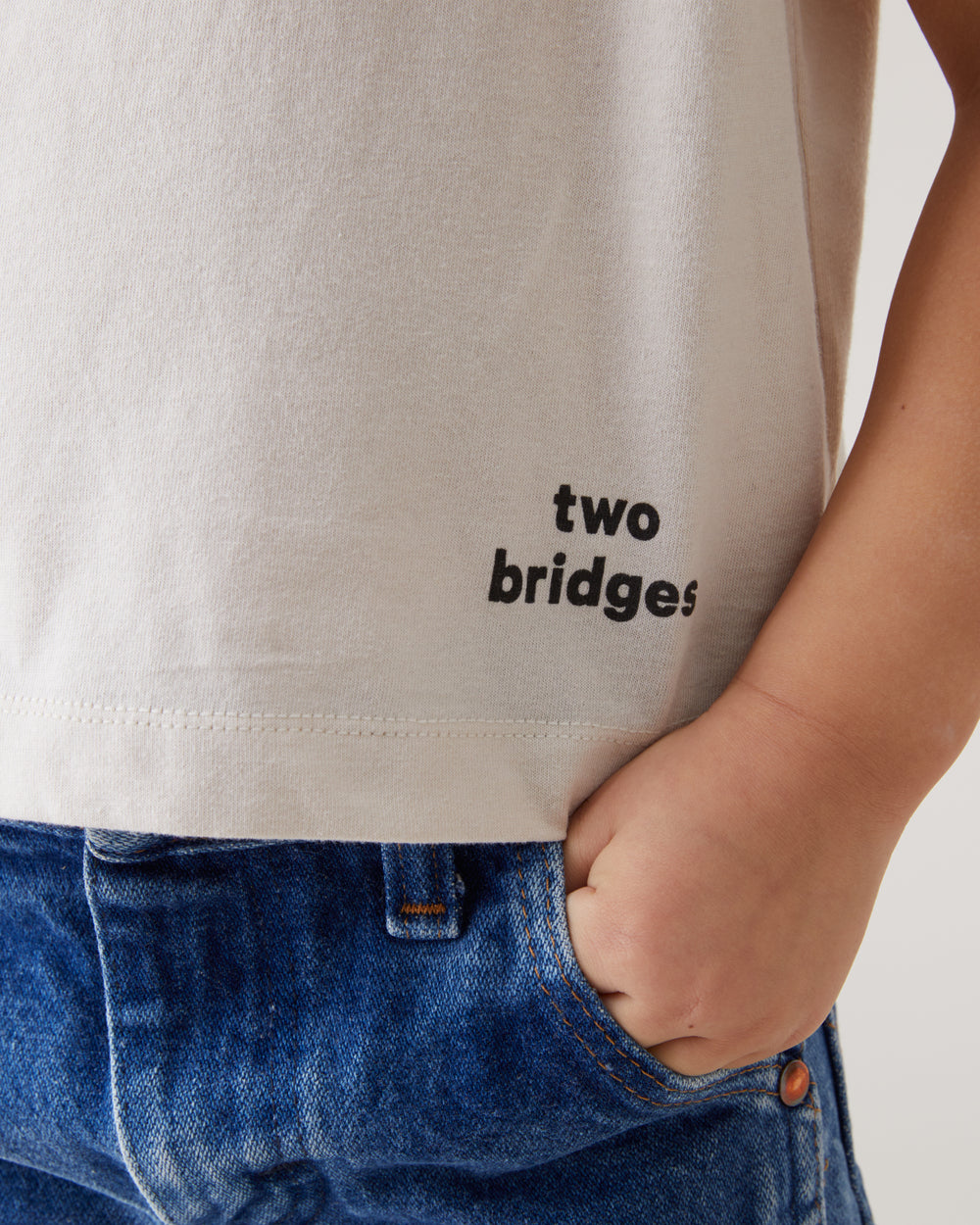 Two Bridges Tee in Natural