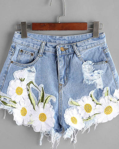 Ripped Floral Applique Raw Hem Denim Shorts