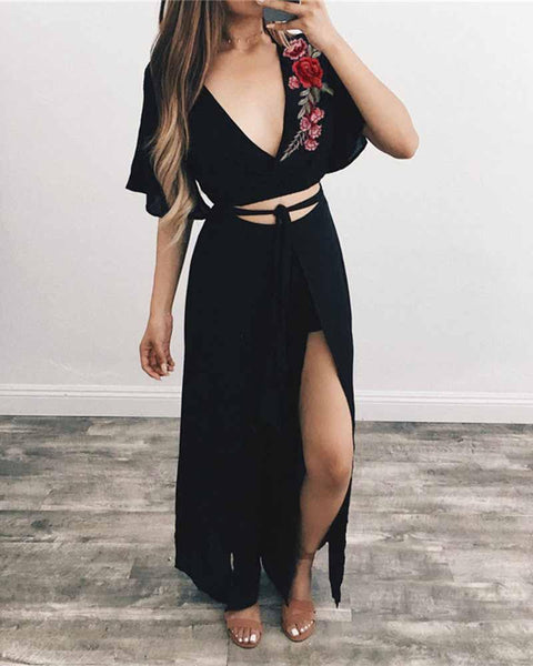 Floral Embroidered Deep V Neck Lace Up Croppped T-shirt