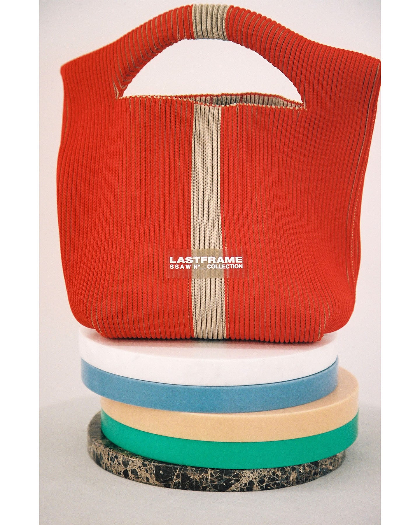 TWO TONE LINE BASKET
