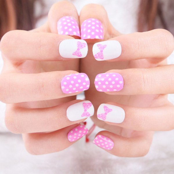 A Set of Chic Bowknot and Polka Dot Pattern Nail Art False Nails - Pink