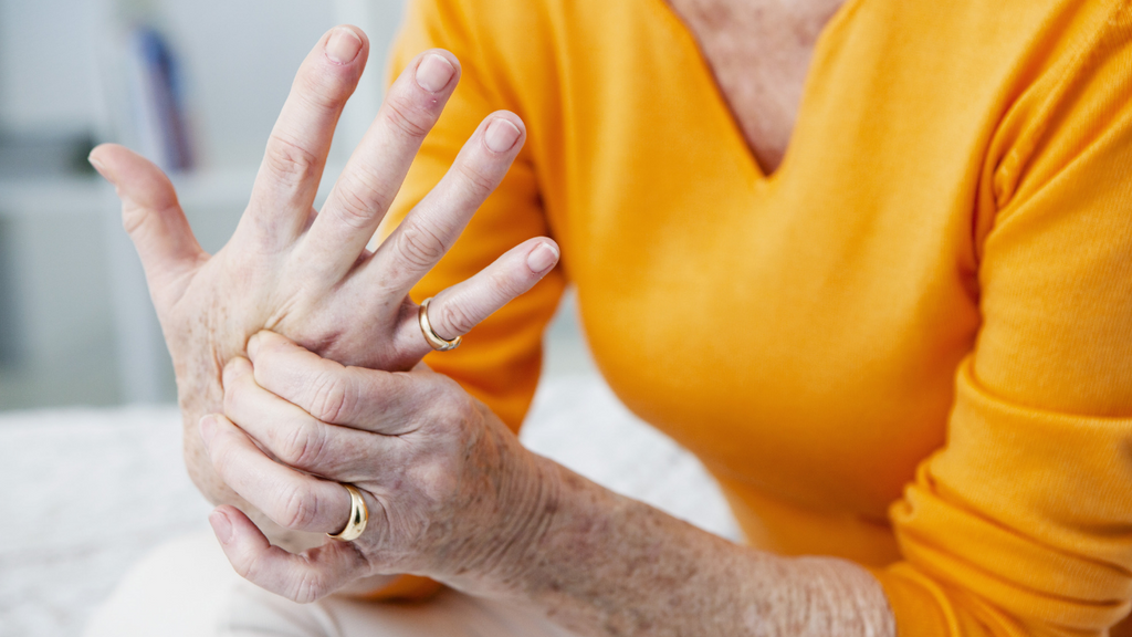 What is Osteoarthritis? Symptoms and treatments