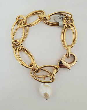Ramina Pearls Oval Hoop Gold Filled Bracelet With One Baroque Pearl