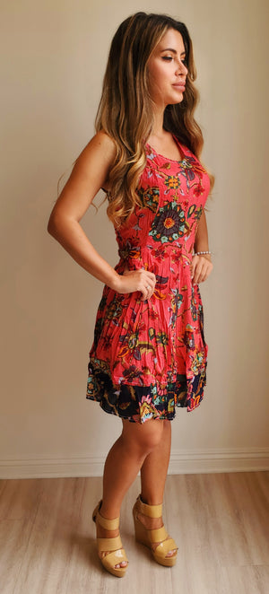 Cino Wrinkle Sleeveless V neck Short Dress