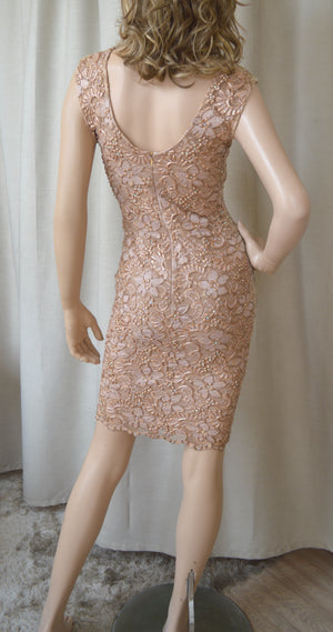 Baccio Couture V Neck Sleeveless Fitted Dress