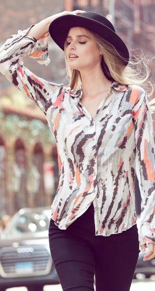 Cino Wrinkle Long Sleeve Abstract Print Blouse