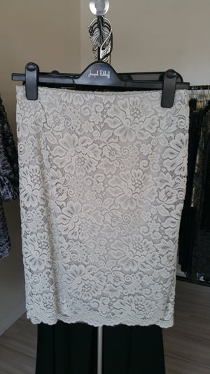 Rosemundo Lace Skirt