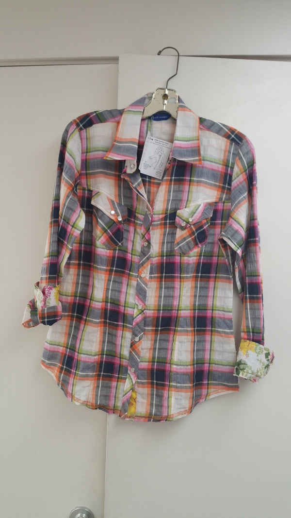 Georg Roth Long Sleeves Plaid Blouse