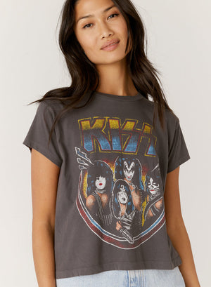Daydreamer Kiss Alive Girlfriend Tee