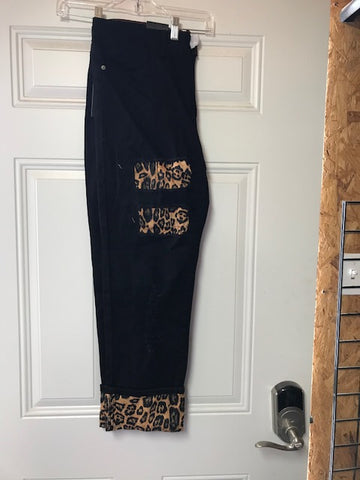 Black boyfriend cut L&B jeans with cutout & leopard patches LB-403