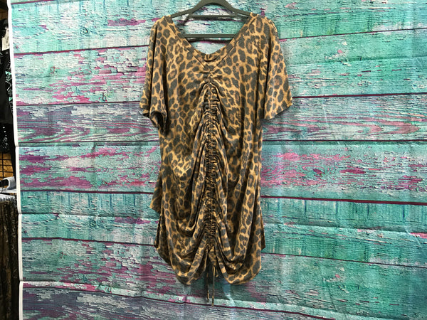 L&B Leopard Short Sleeve With Draw String Back hi/low