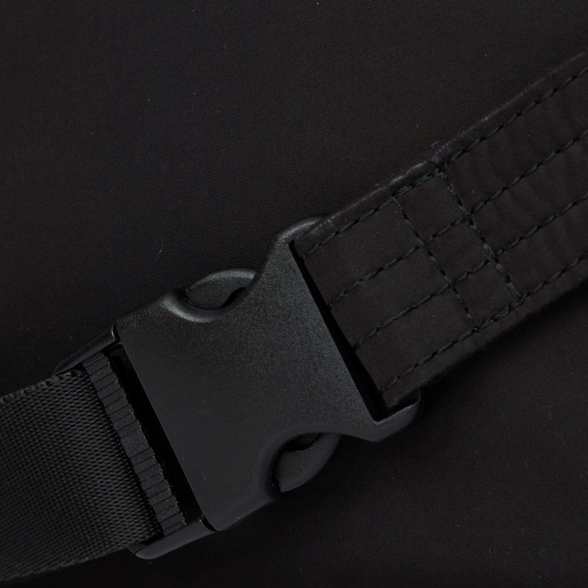 "KNOMO Palermo Ultra Lightweight X-Body Buckle Detail Close Up 10.5"" -  Black 