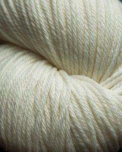 Jagger Spun - Super Lamp - Worsted Yarn - Snow
