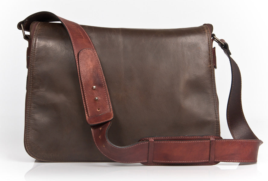 UBERBAG HAVERSACK DARK BROWN LEATHER LARGE MESSENGER BAG