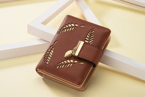 New Women Wallets Short Wallet Ladies Zipper Buckle Hollow Leaf Purse Wallet Female Women Zipper Purse Card Holder