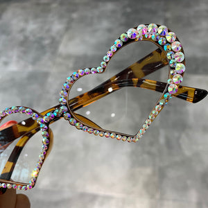 Heart Sunglasses Women Fashion Luxury Rhinestone Decoration Cat Eye Sunglasses Men Eyeglasses Oculos Clear Glasses