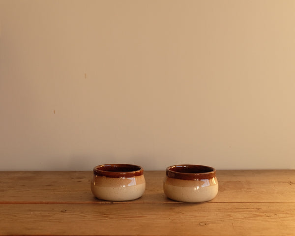 Set of 2 vintage ramekins