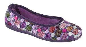 flat purple slipper with pom pom and knit print